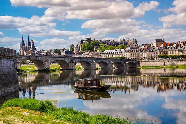 Loire-pont-compressor
